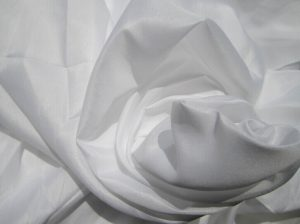 Polyester Microfiber Fabric Peach Finished 90 gsm